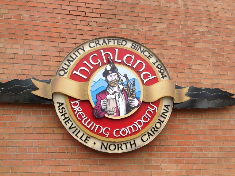 highland-brewery-171132_1920